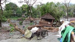 taifunverwüstetes,kleines Resort